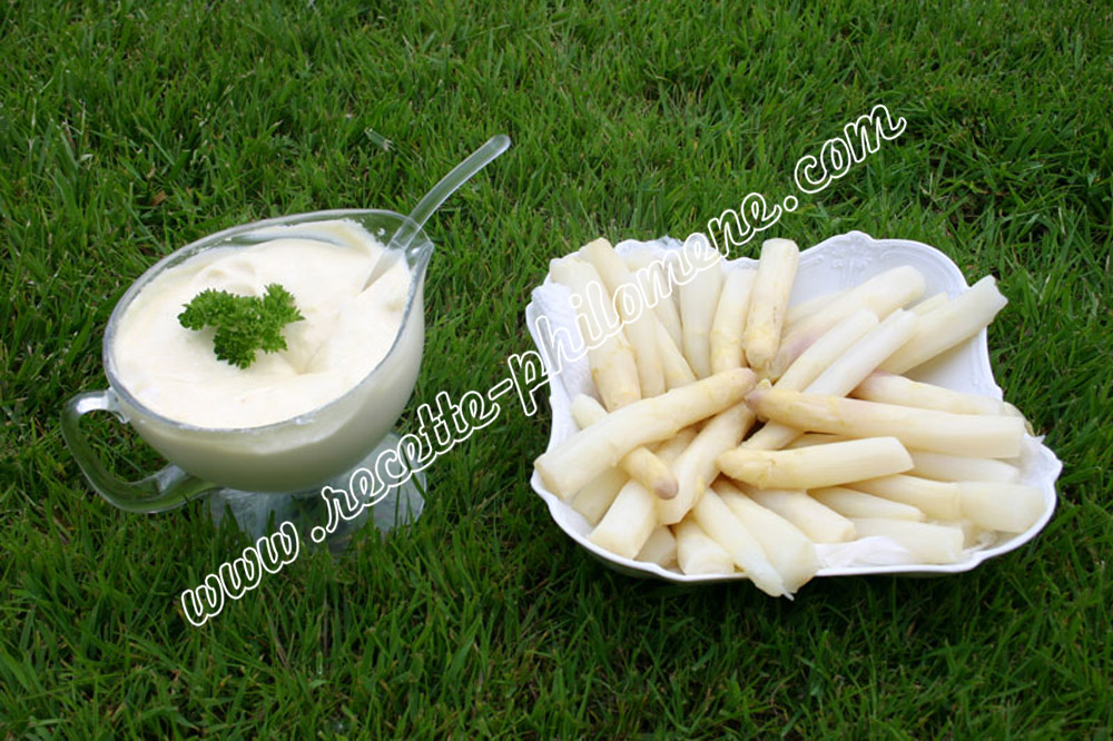 Photo de la recette : Asperges sauce mousseline