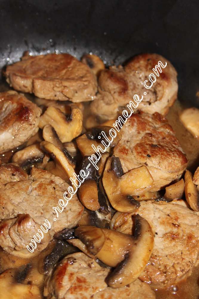 Filet mignon aux champignons de paris plats - Cuisiner les champignons de paris a la poele ...